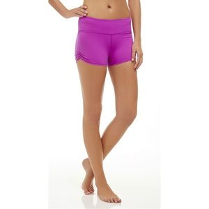Fabletics Dili Short Size Large